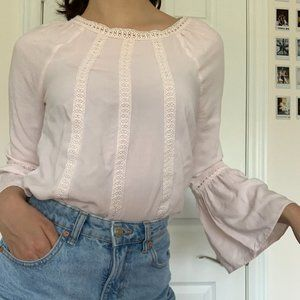 Baby pink flowy sleeve top